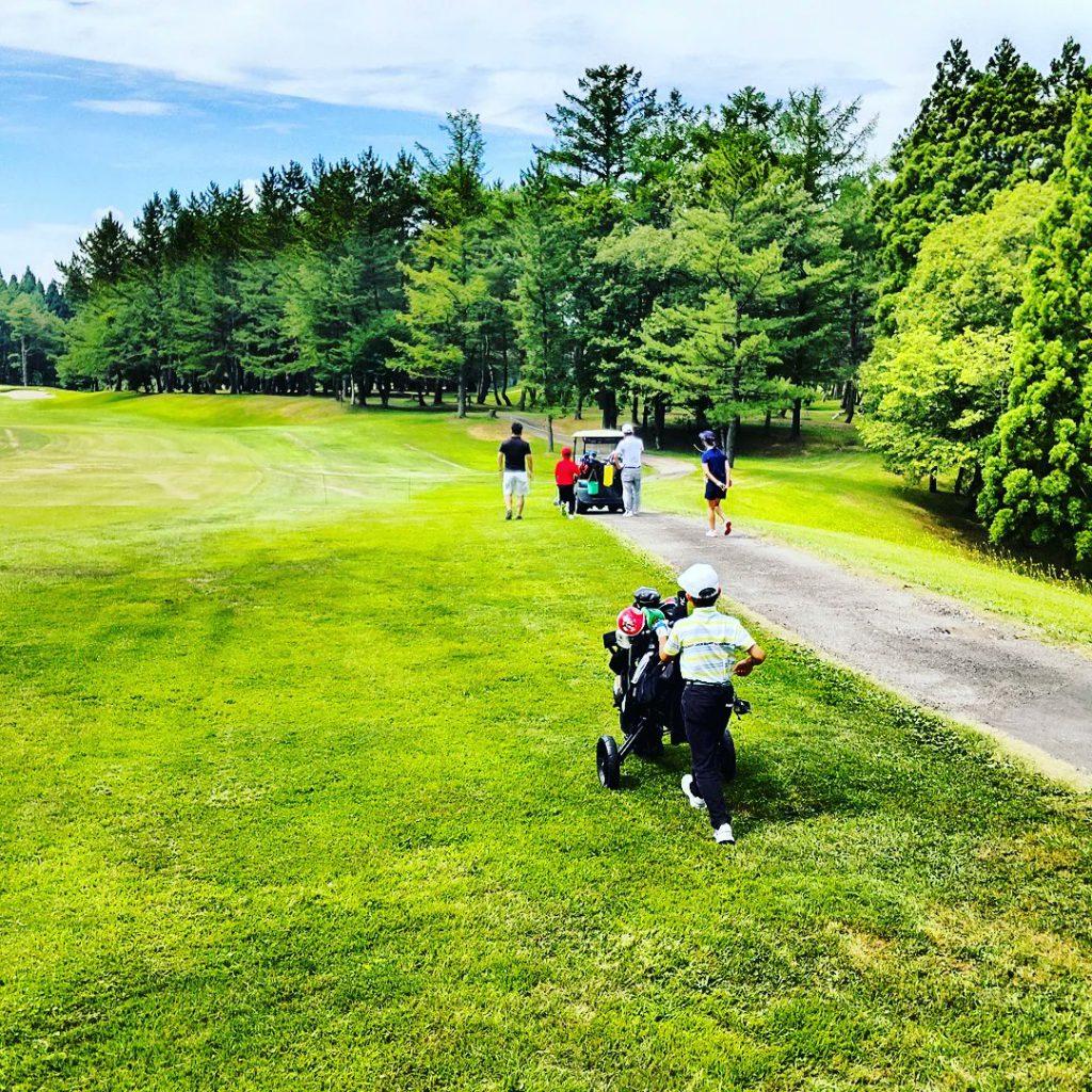 秋田県ジュニアゴルフアカデミー2021年7月度月例会の様子